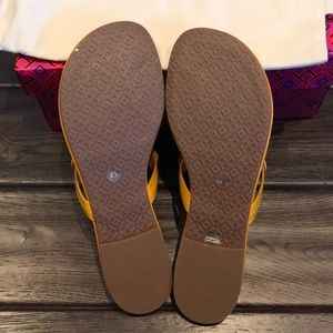 Tory Burch Shoes - NWT TORY BURCH MILLER THONG LEATHER SANDALS